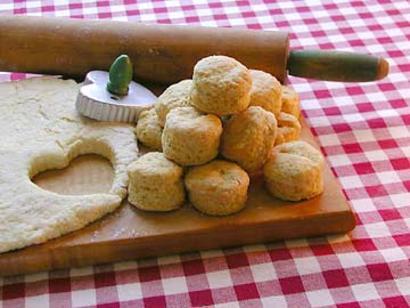 MaryJanesFarm Organic Buttermilk Biscuits